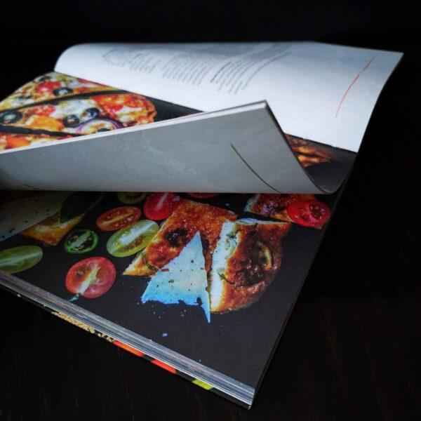 Книга с рецепти Солена книга No sugar Хранене с намален прием на въглехидрати и висок процент мазнини