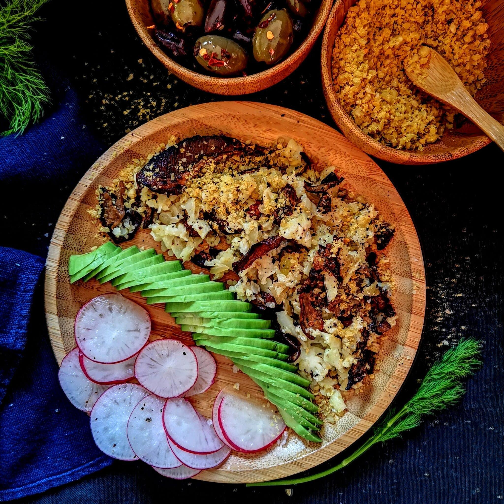 Ориз от карфиол и веган пармезан